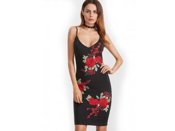 Vestido Curto Estampa de Rosas de Alcinha - Preto